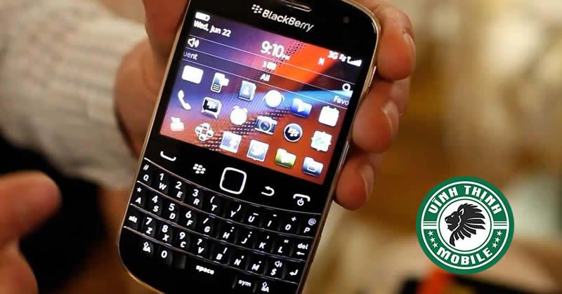 thay-mat-kinh-blackberry-9900-suachuavinhthinh