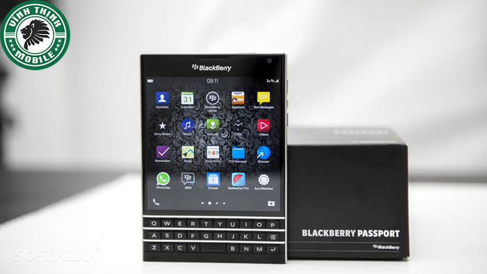 suachuavinhthinh-thay-mat-kinh-blackberry-passport