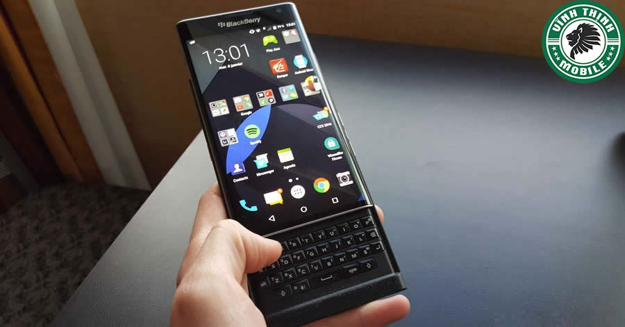 suachuavinhthinh-thay-mat-kinh-blackberry-priv