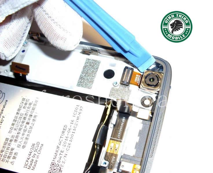 luu-y-thay-mat-kinh-camera-blackberry-vinhthinhmobile