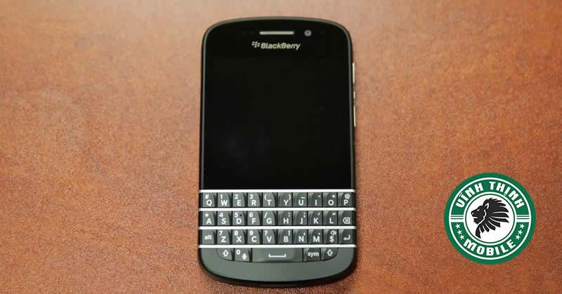 thay-mat-kinh-blackberry-q10-suachuavinhthinh