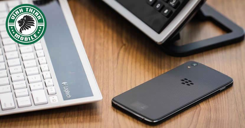 suachuavinhthinh-thay-pin-blackberry-dtek50