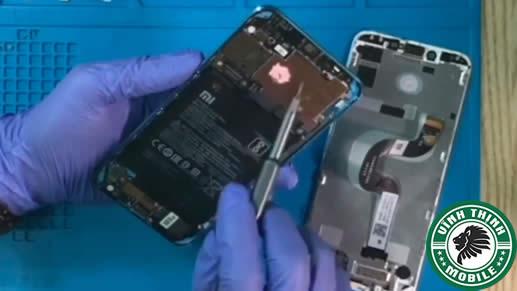Lưu ý thay mặt kính Xiaomi Mi A2 tại Sửa Chữa Vĩnh Thịnh