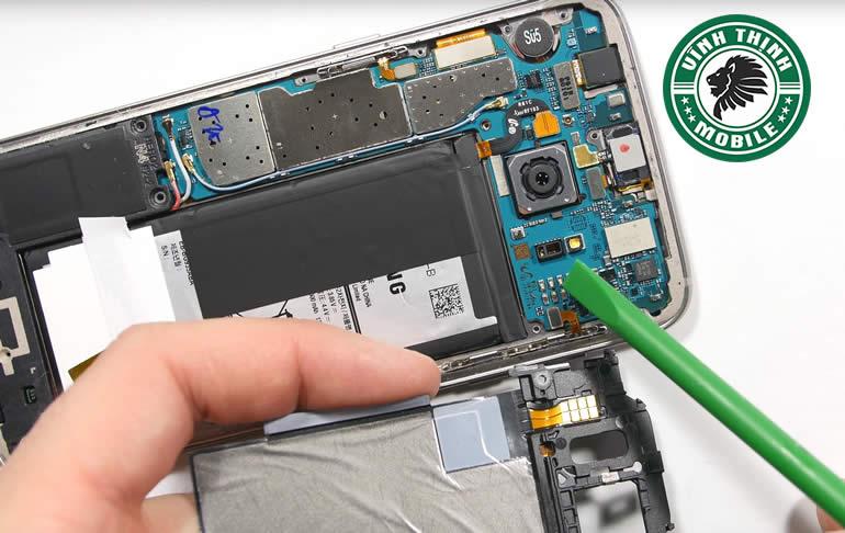 Giải pháp sửa Samsung Galaxy S7 Edge lỗi cảm biến