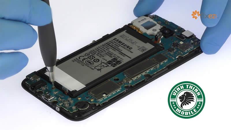 Lưu ý thi thay vỏ Samsung Galaxy J7 Pro