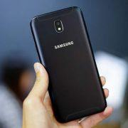 Thay vỏ Samsung Galaxy J7 Pro