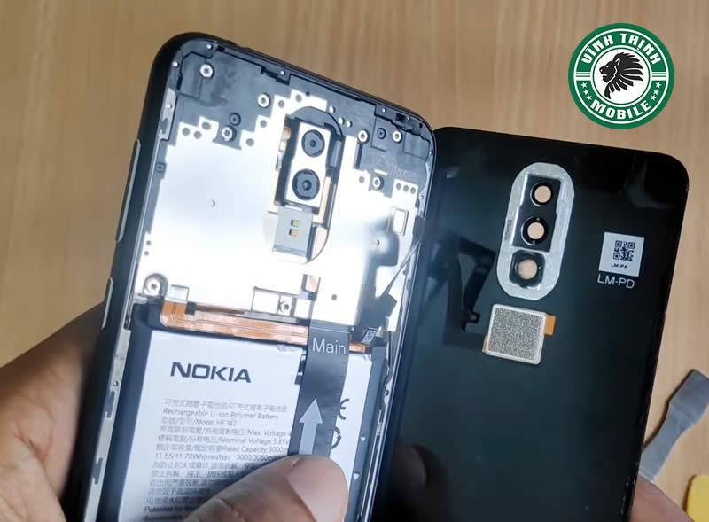 Lưu ý thay mặt kính Nokia 6.1 Plus