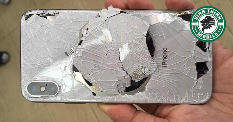 Thay nắp lưng iPhone XS Max tại Sửa Chữa Vĩnh Thịnh