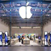 Vì sao trung tâm bảo hành chính hãng không thay kính iPhone 8 Plus