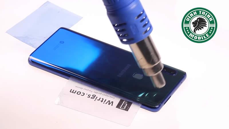 Lưu ý thay mặt kính Samsung Galaxy A9 2018
