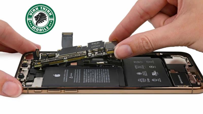 Giải pháp phần cứng khi mở khoá iCloud iPhone XS Max