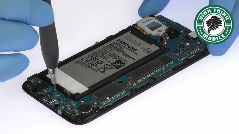 Những lưu ý cần thiết khi thay main Samsung Galaxy J7 Pro