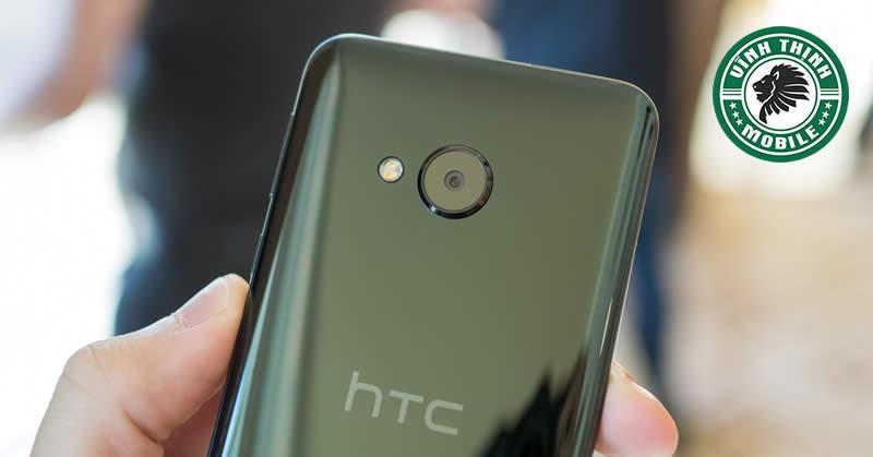 Thay pin HTC U Play tại Sửa Chữa Vĩnh Thịnh