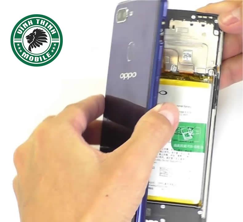 Chia sẻ kinh nghiệm thay mặt kính Oppo A5s đạt chất lượng cao nhất