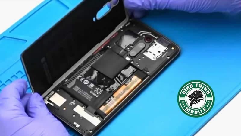 Lưu ý thay pin Xiaomi Redmi K20 Pro