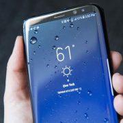 Sửa Samsung Galaxy S8, S8 Plus vào nước ?