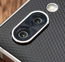 Thay mặt kính camera Blackberry Key2 tại Sửa Chữa Vĩnh Thịnh