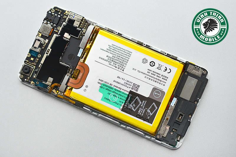 Lưu ý sửa điện thoại Vivo vô nước