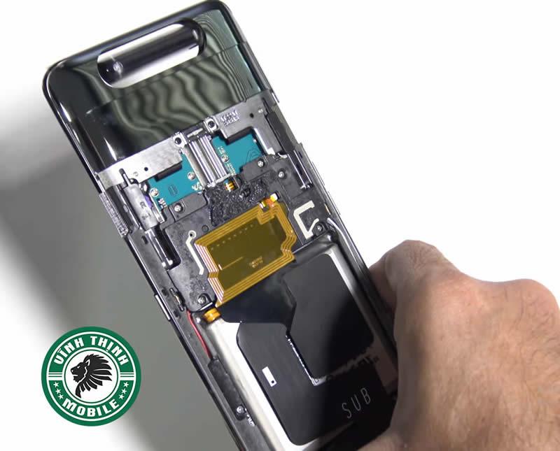 Giải pháp sửa Samsung Galaxy A80 báo ẩm cổng sạc