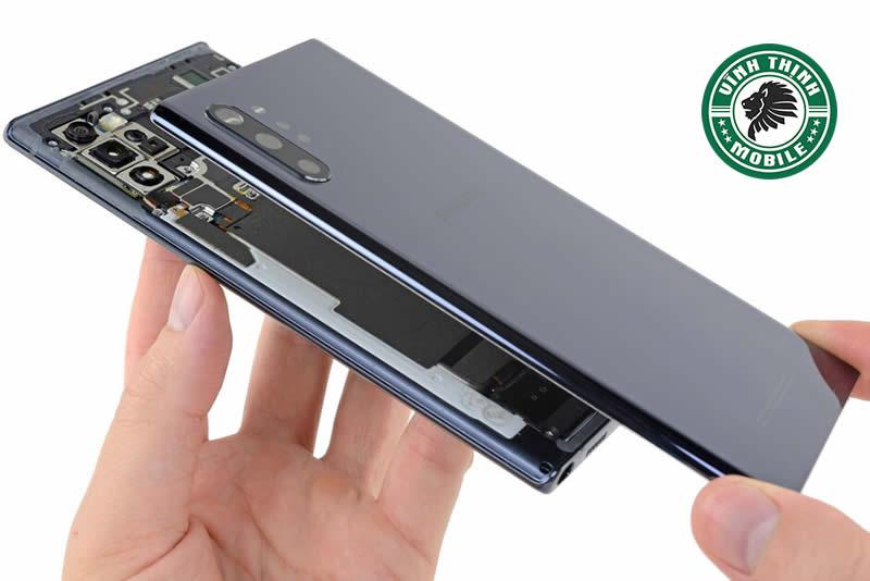 Thay mặt kính Samsung Galaxy Note 10+ giữ nguyên áp suất