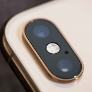 Thay camera iPhone XS Max ?