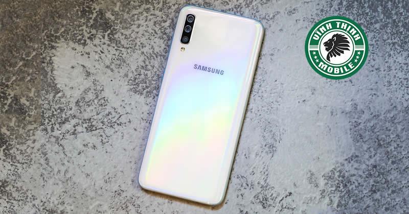 Thay pin Samsung Galaxy A70 tại Sửa Chữa Vĩnh Thịnh