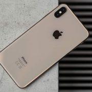 Thay nắp lưng iPhone XS tại Sửa chữa Vĩnh Thịnh