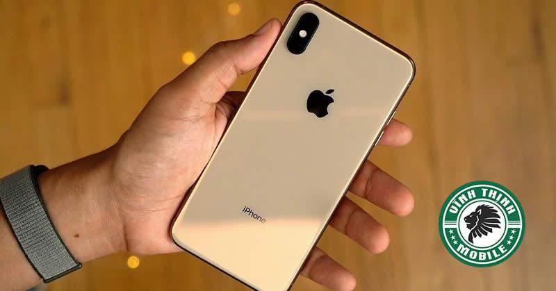 Thay pin iPhone XS tại Sửa chữa Vĩnh Thịnh