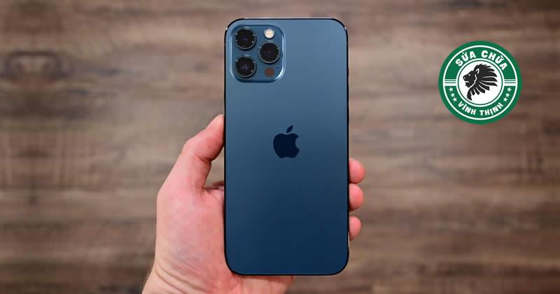 Thay kính lưng iPhone 12 Pro Max chuẩn mực chất lượng cao: Phục hồi hoàn mỹ, bảo toàn tuyệt đối !
