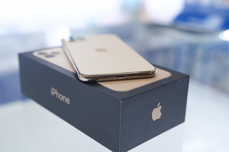 Sửa iPhone 11 Pro max không nhận sạc: Am hiểu chuyên sâu, giải quyết dứt điểm !